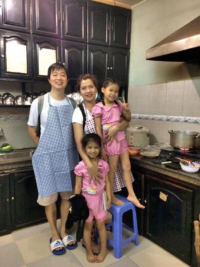kids-at-the-kitchen